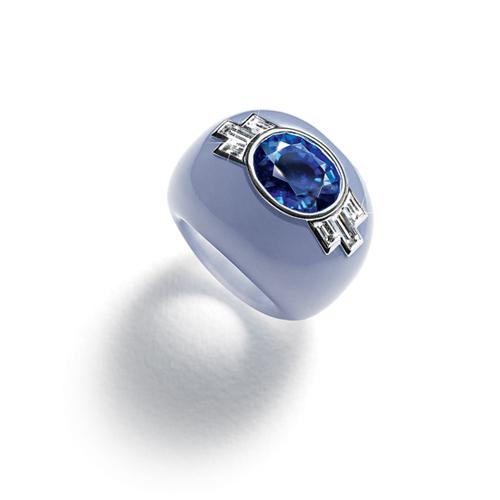 Belperron-Jewelry-Pierre-Noyee-Ring-Sapphire-Chalcedony