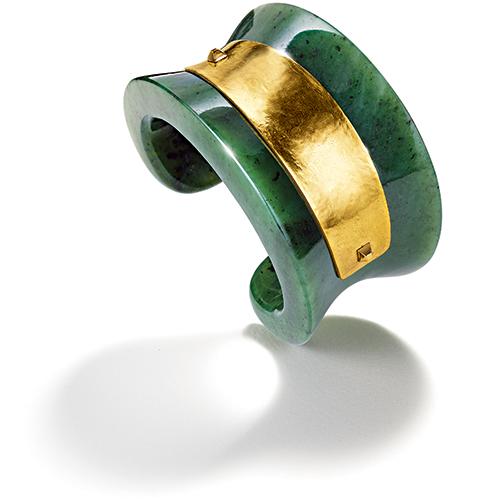 Belperron-Saddle-Cuff-Nephrite-Jade-Gold