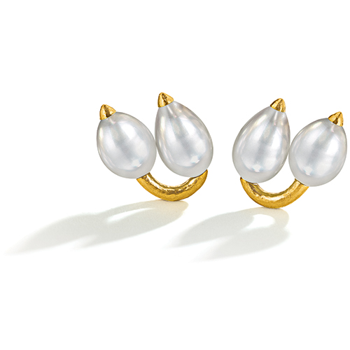 Belperron-Twin-Bud-Earclips-Pearl-Virgin-Gold