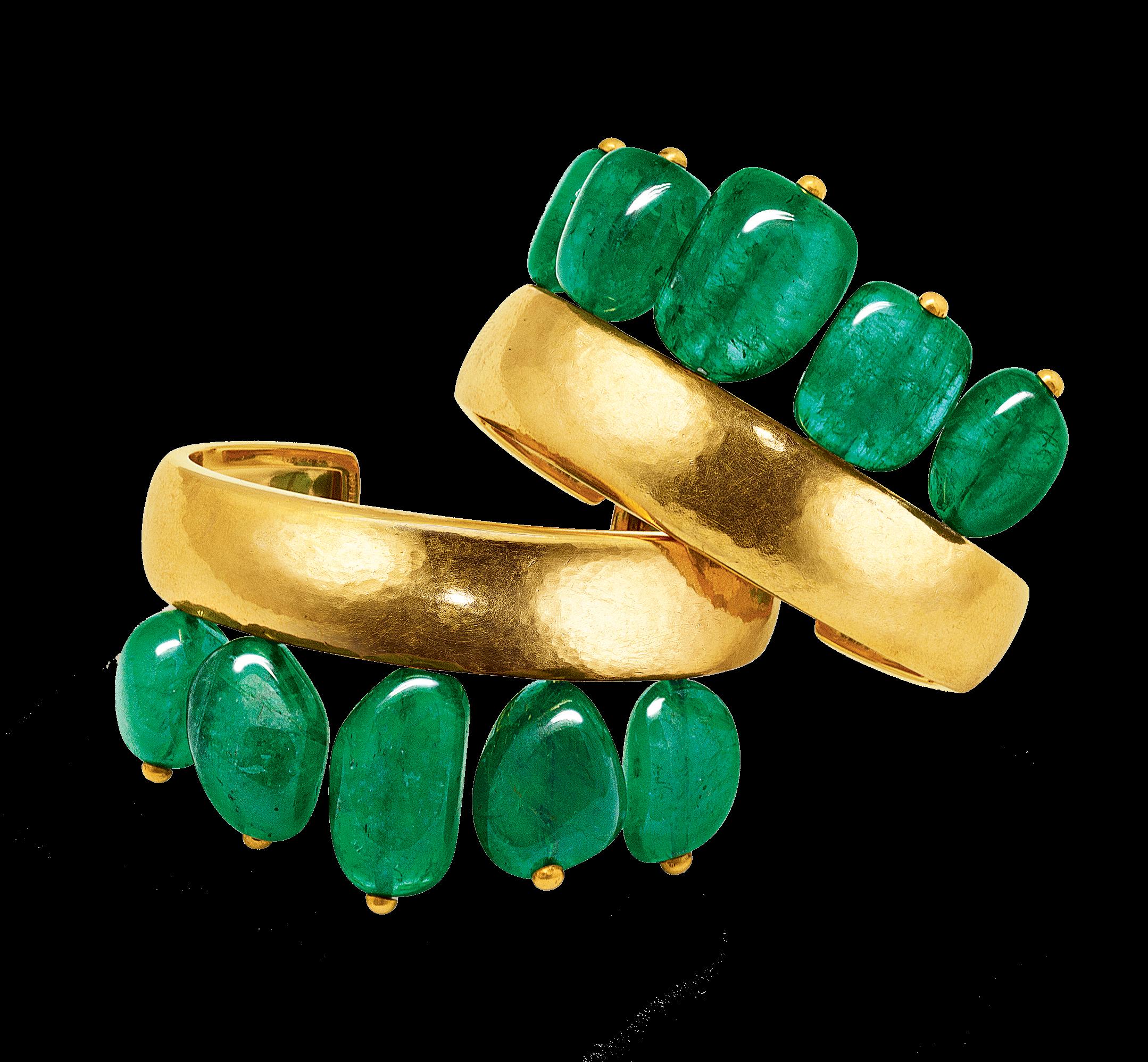 Couronne-Cuffs_Emerald-Gold_19_2158x1996_acf_cropped