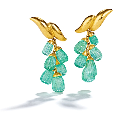 Double-Wave-Pendant-Earclips_Emerald-Virgin-Gold_19_UPSIZED_498x498_acf_cropped